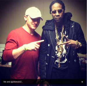 johnny-manziel-two-chains-concert-2013-570x568